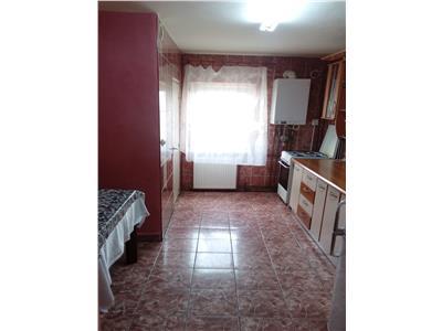 de vanzare apartament, 3 camere, decomandat, Intre Lacuri