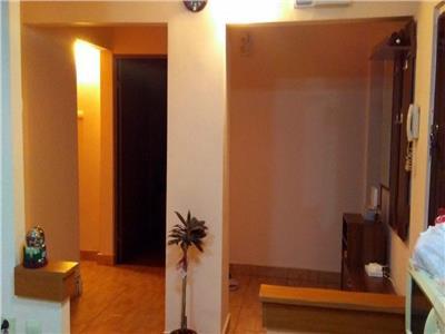 De vanzare apartament cu 4 camere, 90 mp, decomandat, Manastur, Cluj Napoca