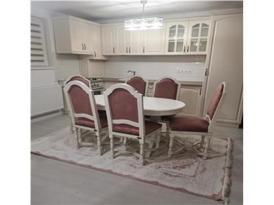 de vanzare apartament cu 3 camere, decomandat, Marasti, Cluj Napoca