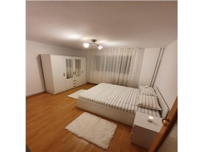 de inchiriat apartament  cu loc de parcare, 4 camere, decomandat, Manastur, Cluj Napoca