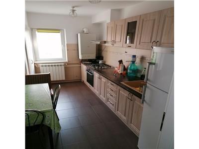 apartament de inchiriat, cu loc de parcare, 3 camere, decomandat, Marasti, Cluj Napoca