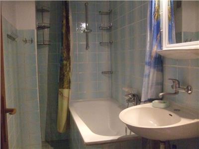 apartament de vanzare, 3 camere, 80 mp, decomandat, Cluj Napoca