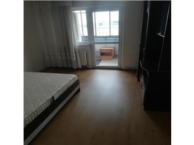 apartament de inchiriat, 3 camere, decomandat, Manastur, Cluj Napoca